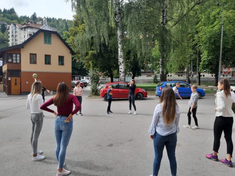Srednjoškolci ponovno u posjeti Maloj školi